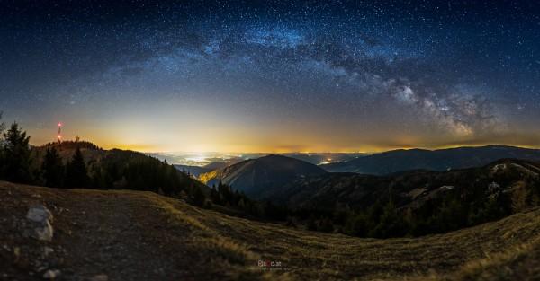 Milchstraßenpanorama am Erzkogel (NÖ)