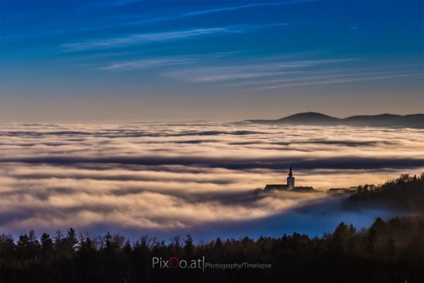 Steiermark im Nebel