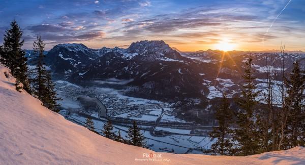 Sonnenaufgang am Pendling in Tirol